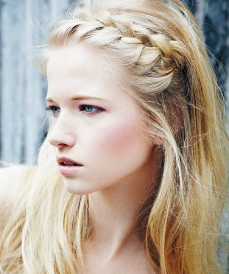 Как плетется богемная коса