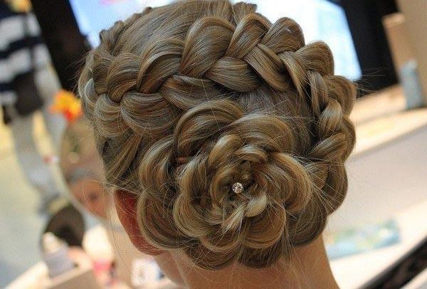 Голландская коса цветок