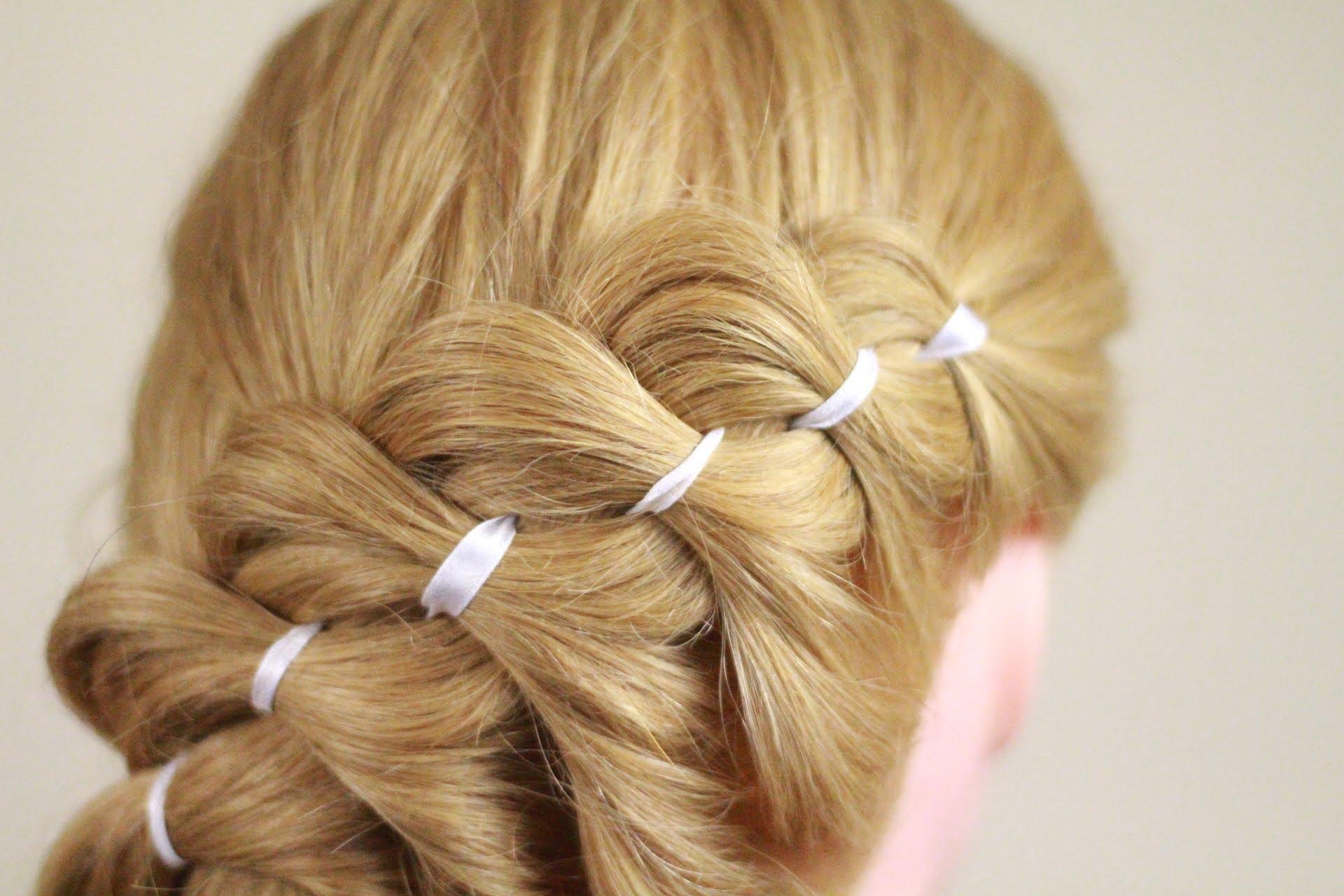 Французская коса с лентой