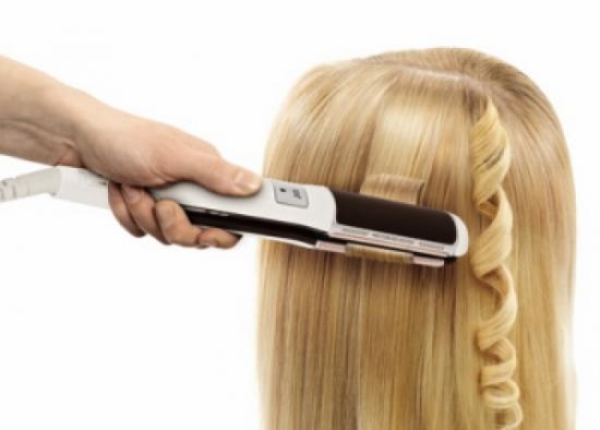 Красивые завитки с помощью выпрямителя для волос