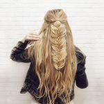 4697 Распущенные волосы с «рыбьим хвостом» за 5 минут