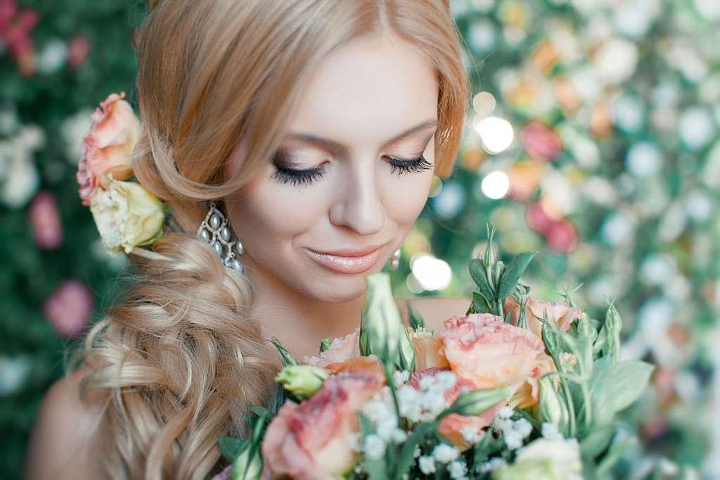 6112 Нежный макияж в персиковых тонах