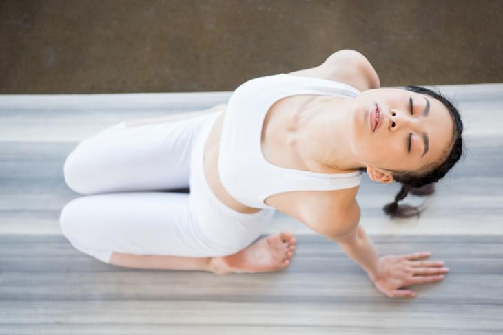 Запасись терпением: насколько эффективна йога для похудения?