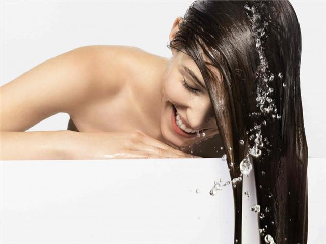 Харакири для волос: 7 ошибок в ежедневном уходе