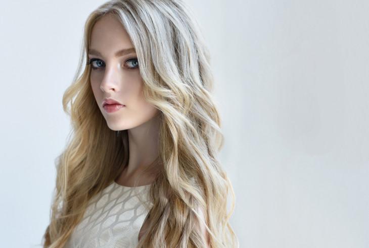 7764 Капризный: как ухаживать за оттенком волос пепельный блонд?