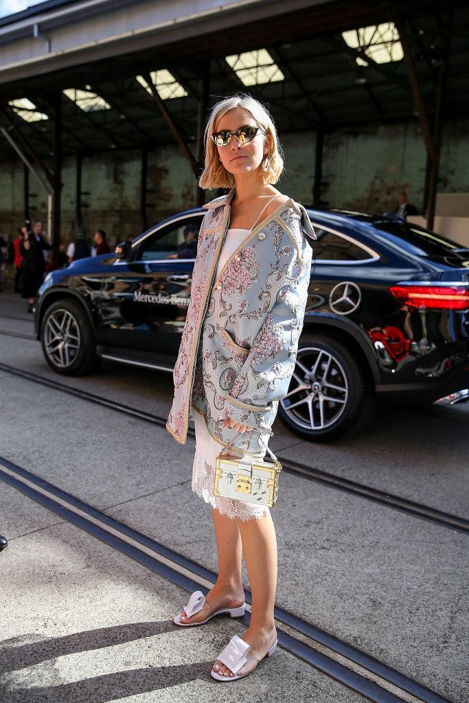 Стильное кимоно — новая модная замена кардигану на осень 2018