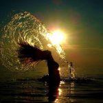 8824 Уход за волосами на море