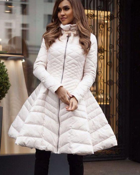 8853 Если снежно, то стильно: модные зимние куртки в 2019 году
