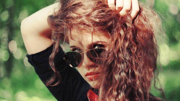 Бьюти-гид: все об уходе за прямыми и кудрявыми волосами