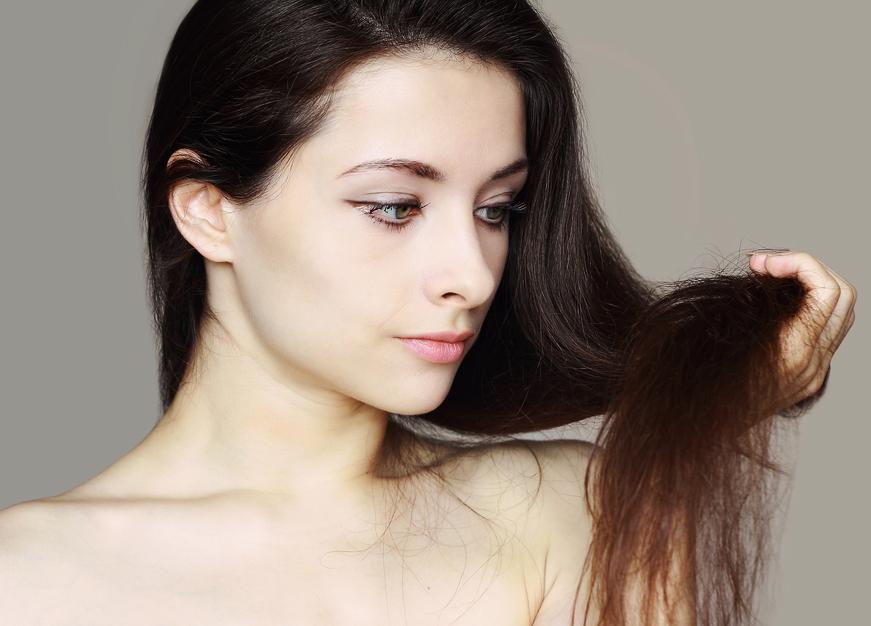 Никакой соломы: 5 шагов, чтобы реанимировать сухие волосы и вернуть им блеск
