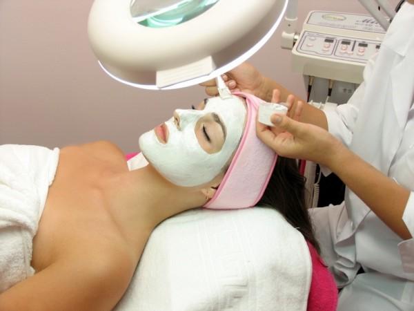 9839 5 поводов посетить косметолога до первых признаков старения