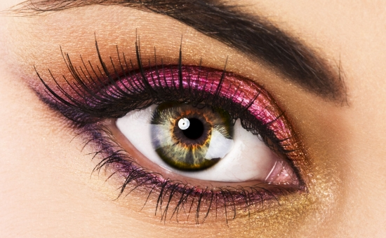 Как снимать макияж с наращенными ресницами и микроблейдингом — советуют эксперты