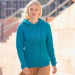 11141 Пуловер с капюшоном и «косами»