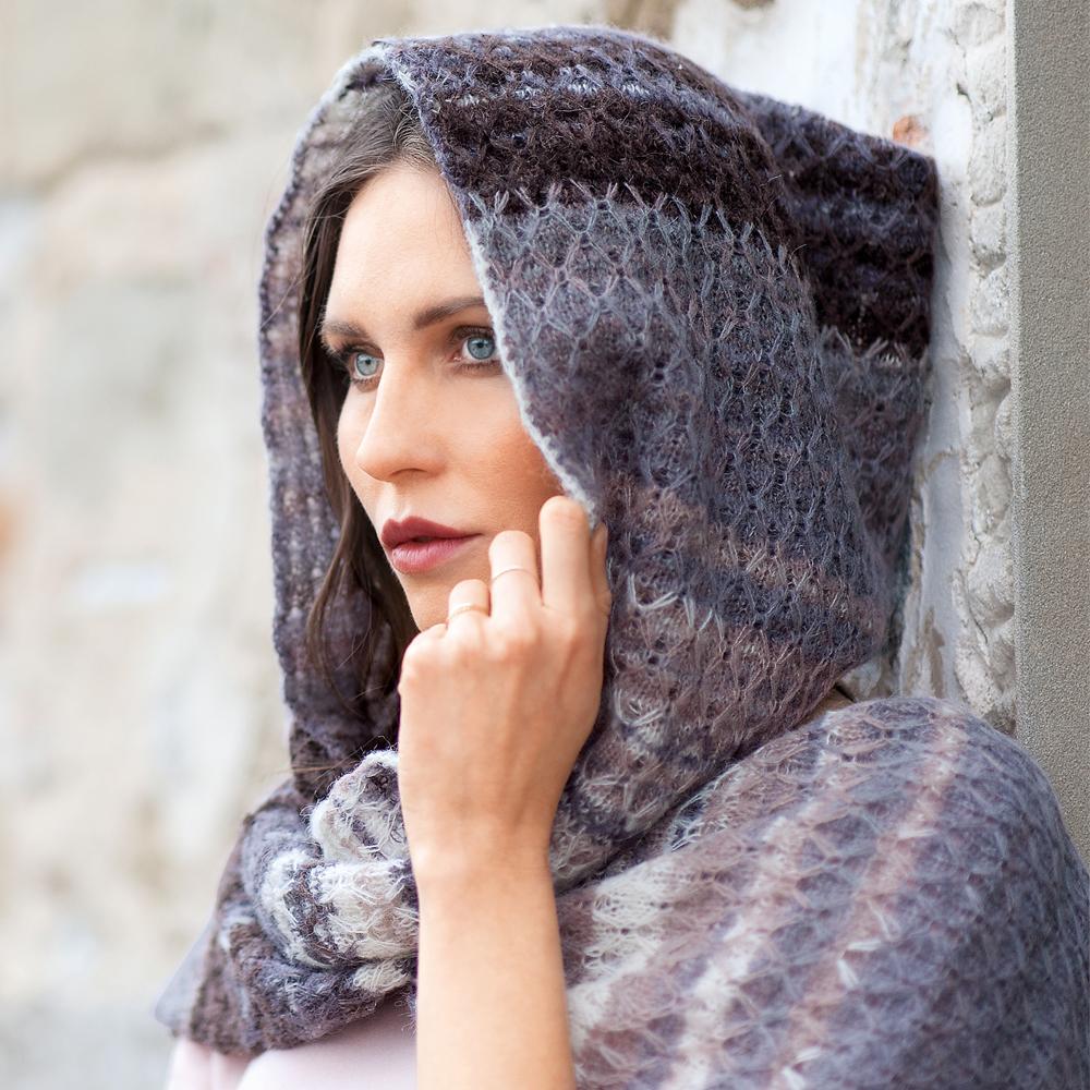 11359 Женский шарф с капюшоном
