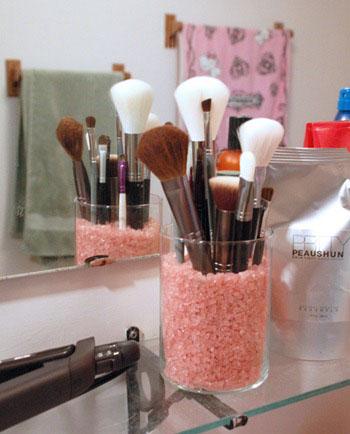 Настроение – краситься: гид по самым удобным кистям для макияжа