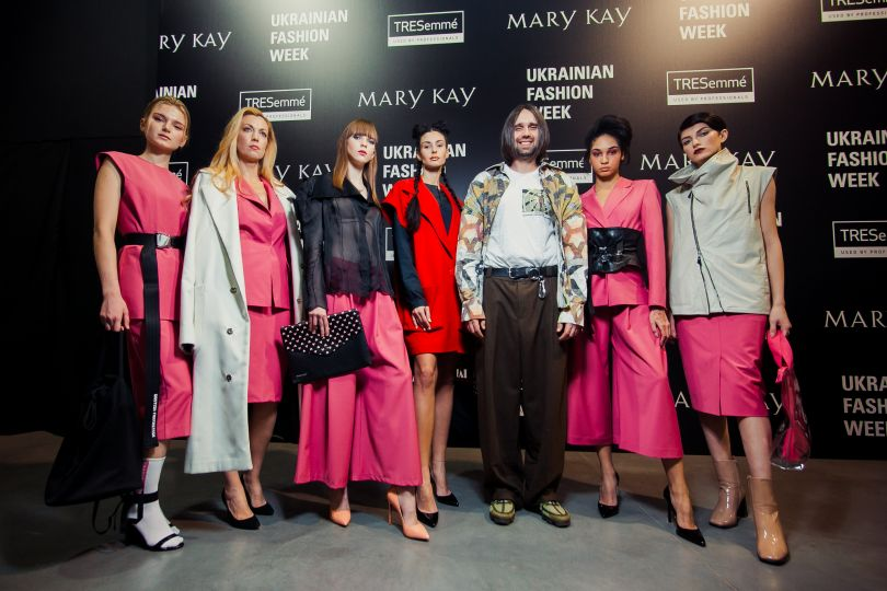 11679 MARY KAY х DASTISH FANTASTISH НА ПОДИУМЕ UKRAINIAN FASHION WEEK