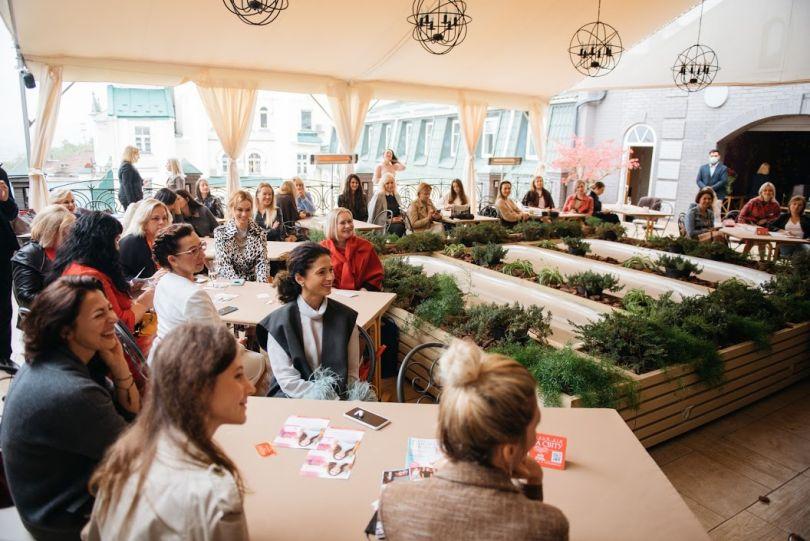 14730 «Искусство успевать все»: как прошел первый бранч в рамках премии «Жінка України»