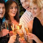 14882 Как прикольно встретить гостей на пороге – приглашаю угоститься